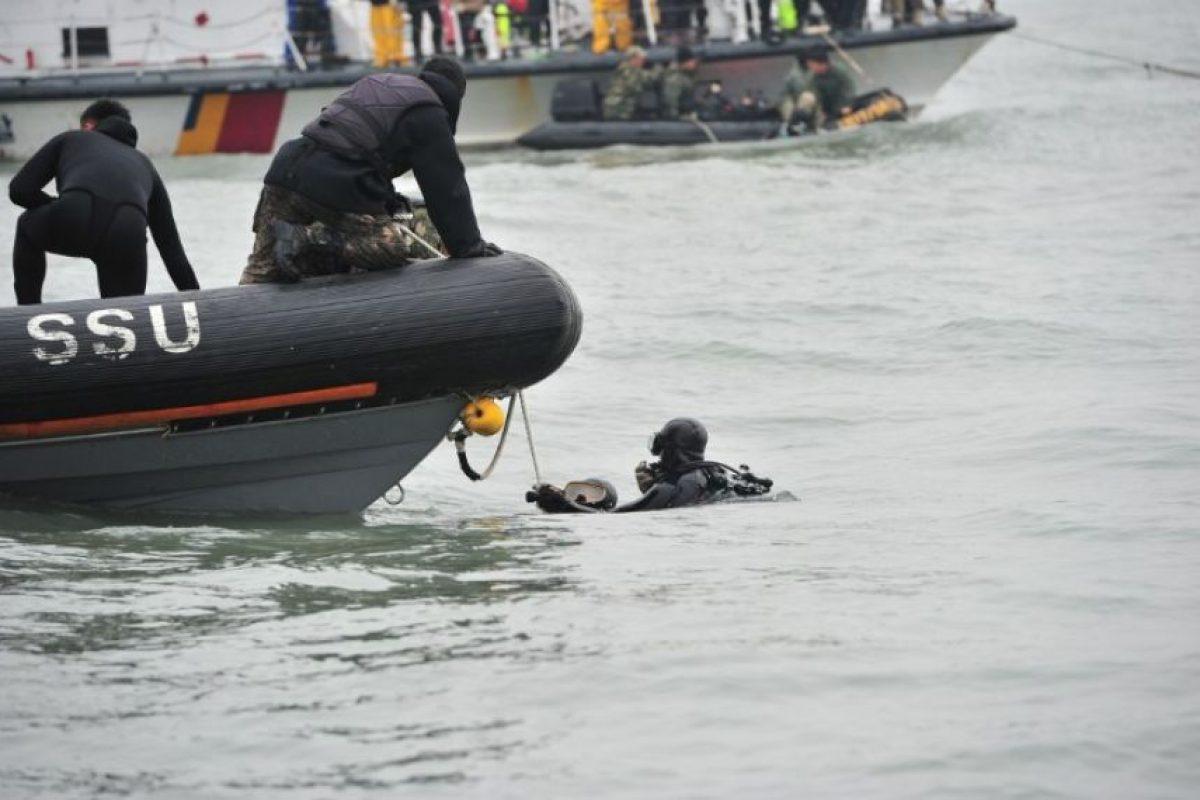 Cuerpos de rescate continúan la búsqueda de los desaparecidos. Foto:AFP. Imagen Por: