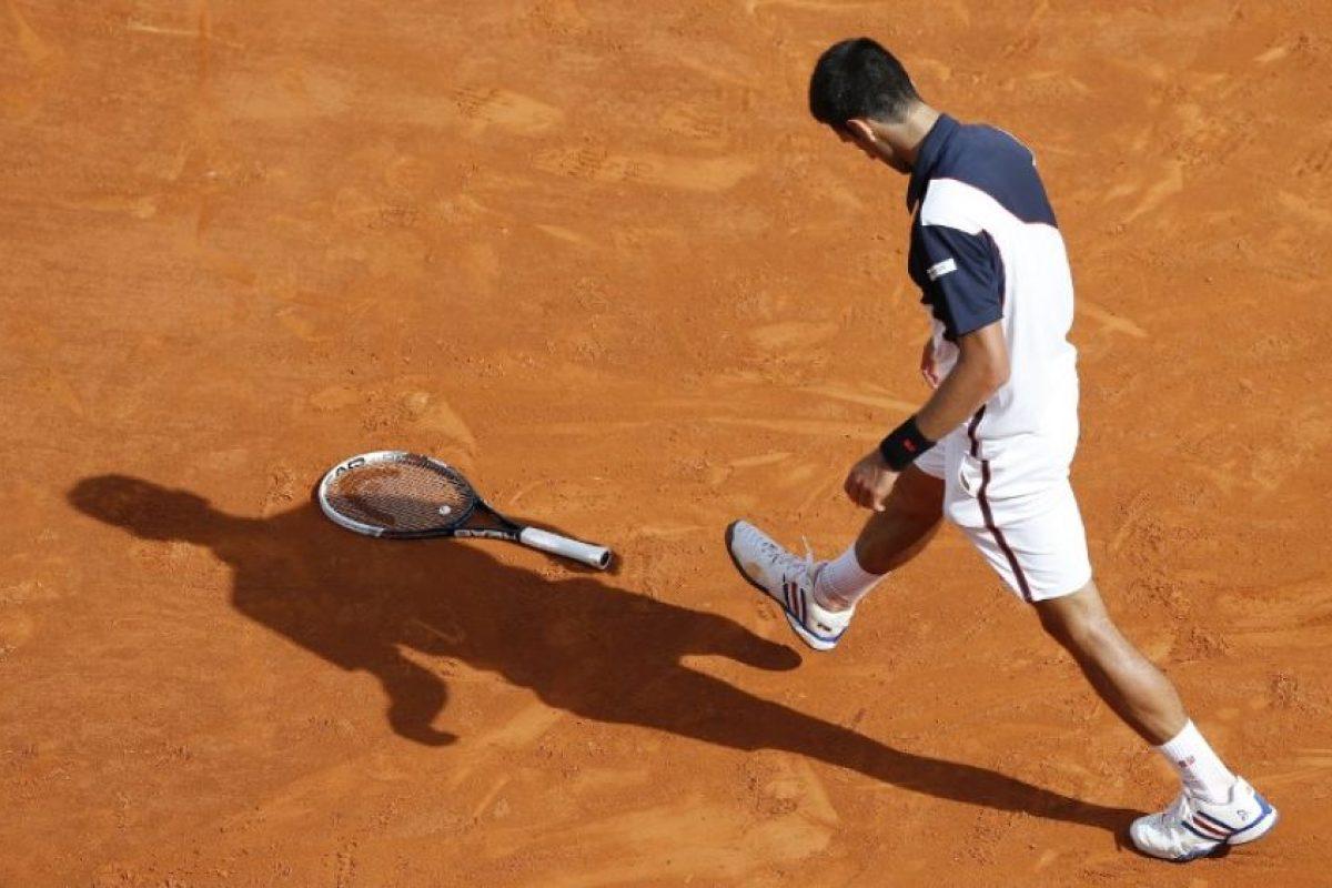 Djokovic durante un incidente con su raqueta. Foto:AFP. Imagen Por: