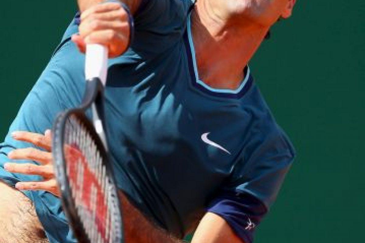 Federer falló mucho en su primer servicio. Foto:getty images. Imagen Por: