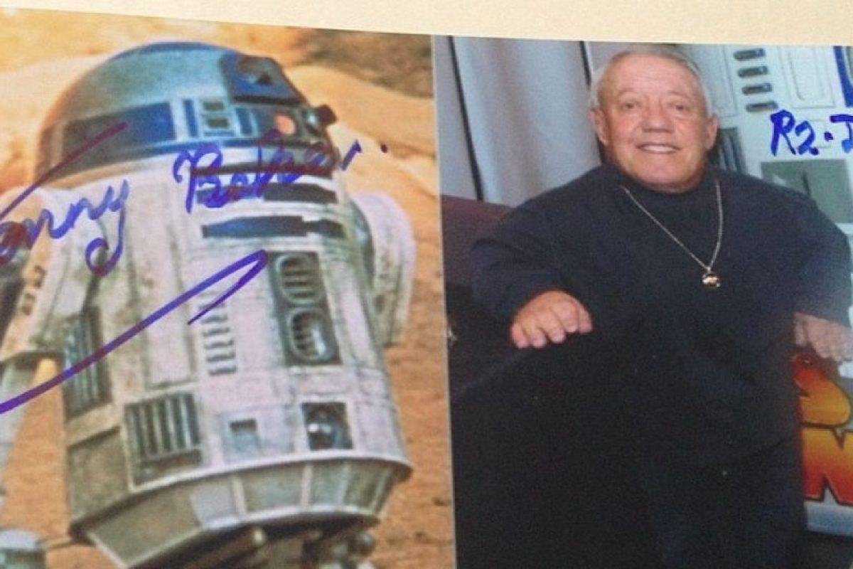El autógrafo del hombre detrás del robot más popular de Star Wars. Foto:Instagram. Imagen Por: