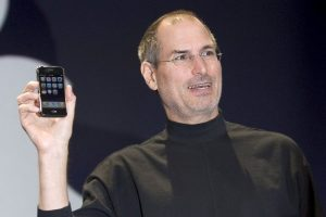 iPhone (2007) Foto:getty images. Imagen Por:
