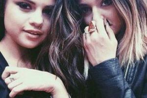Selena con Kylie Jenner Foto:Instagram / Kylie Jenner. Imagen Por: