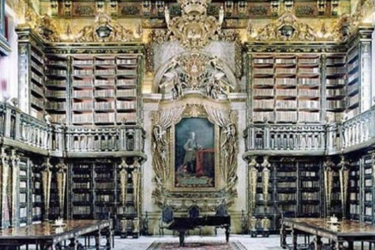 Biblioteca Geral Universidad de Coimbra – Portugal Foto:Loquenosabías.com. Imagen Por:
