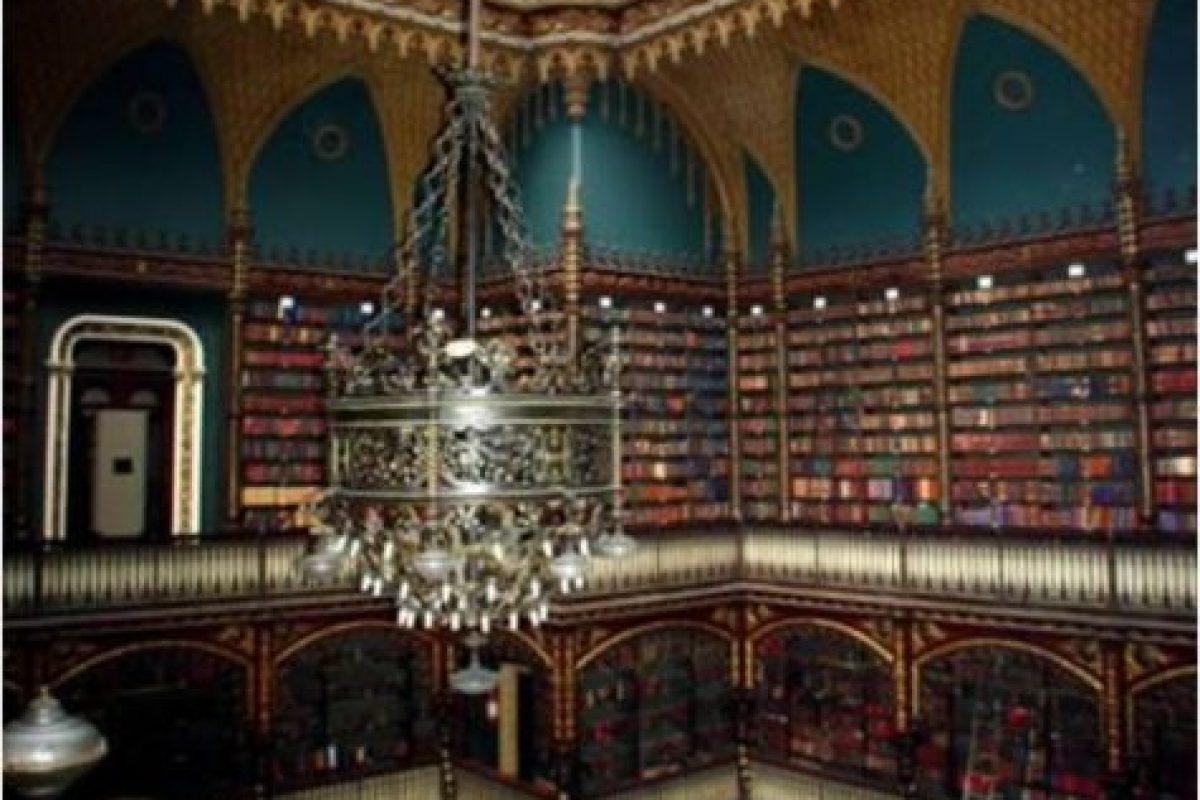 Biblioteca Real Gabinete Portugues de Leitura – Brasil Foto:Loquenosabías.com. Imagen Por: