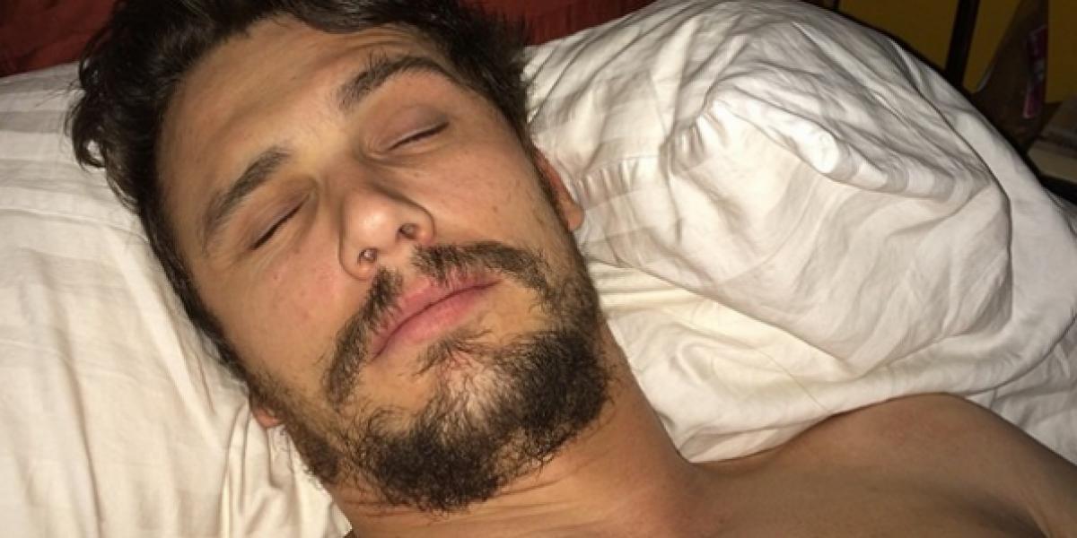 La afición de James Franco por las selfies en la cama