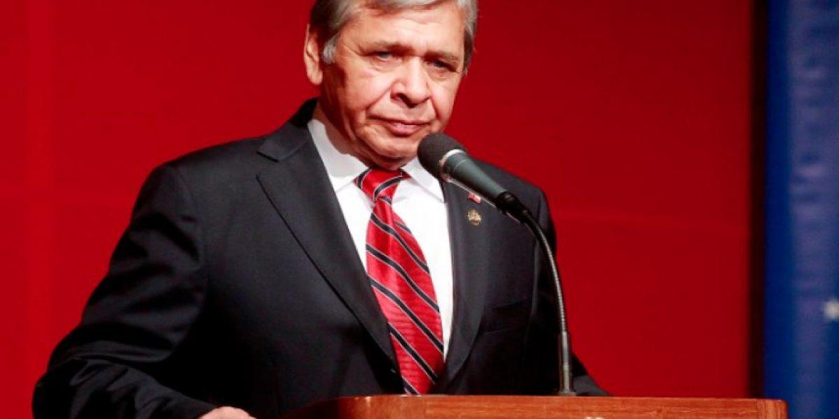 Alcalde Luis Plaza (RN) amenaza con el suicidio por un hospital para Cerro Navia