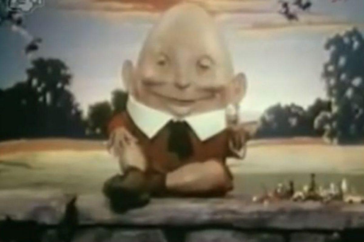 ¿En serio? Aunque parece la escena de una película de terror, este es un comercial de Kinder Sorpresa Foto:Captura. Imagen Por: