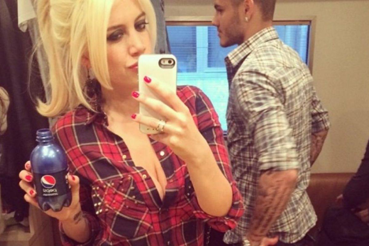 Despues de romper con Maxi López, comenzó una relación con su ex compañero Mauro Icardi Foto:Instagram. Imagen Por: