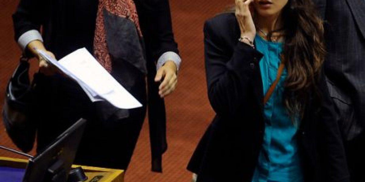 [FOTOS] Diputado UDI estira la guerra de declaraciones con Vallejo por Jaime Guzmán