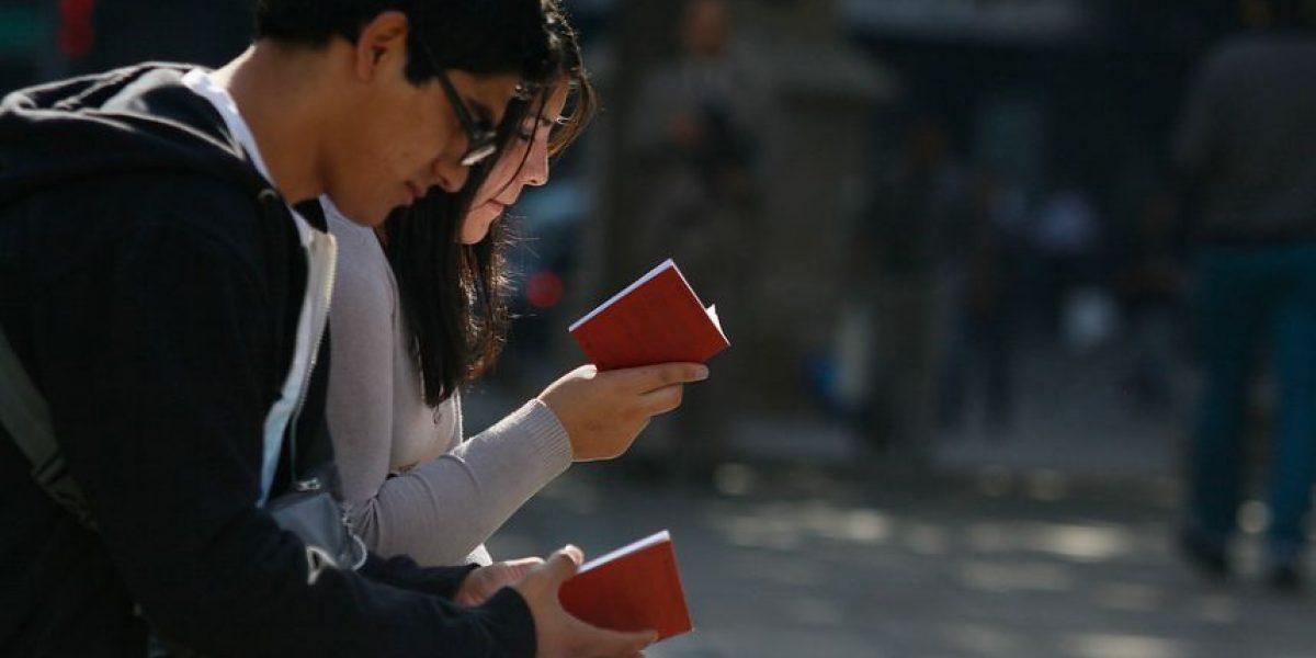"""Ganadores cuentan cómo participar en """"Santiago en 100 palabras"""""""