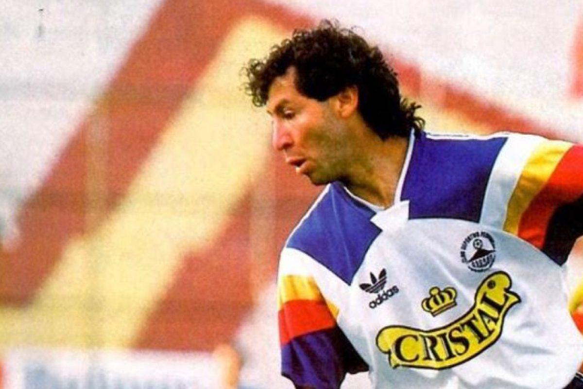 Un cáncer terminal le ganó la batalla al ex futbolista chileno Foto:Twitter. Imagen Por: