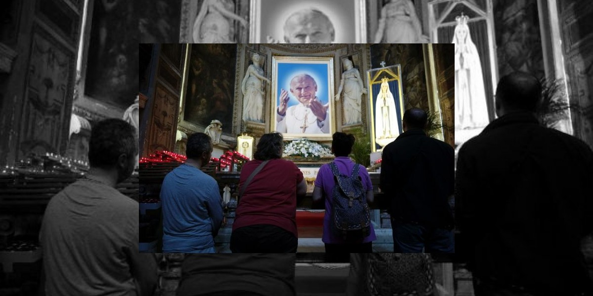 Infografía: Luces y sombras de Juan Pablo II