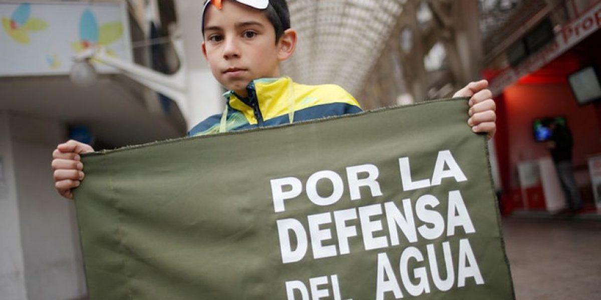 Galería: Marcha por la defensa del agua se realizó en medio de lloviznas