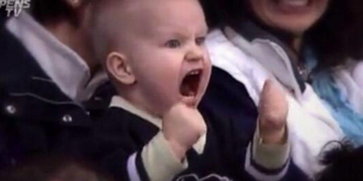 Fan de verdad: La intensa celebración de un niño de dos años