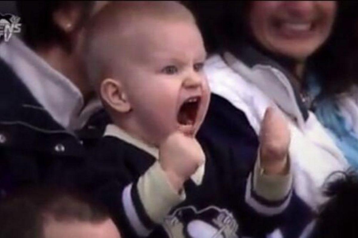 Tyler Avolia Foto:Twitter oficial Penguins Pittsburgh @penguins. Imagen Por: