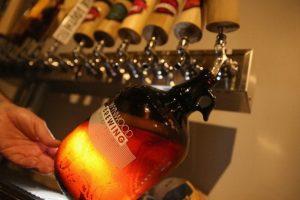 Jim Koch, fundador y copresidente de la compañía Boston Beer Company, tiene un consejo para evitar emborracharnos Foto:Getty Images. Imagen Por: