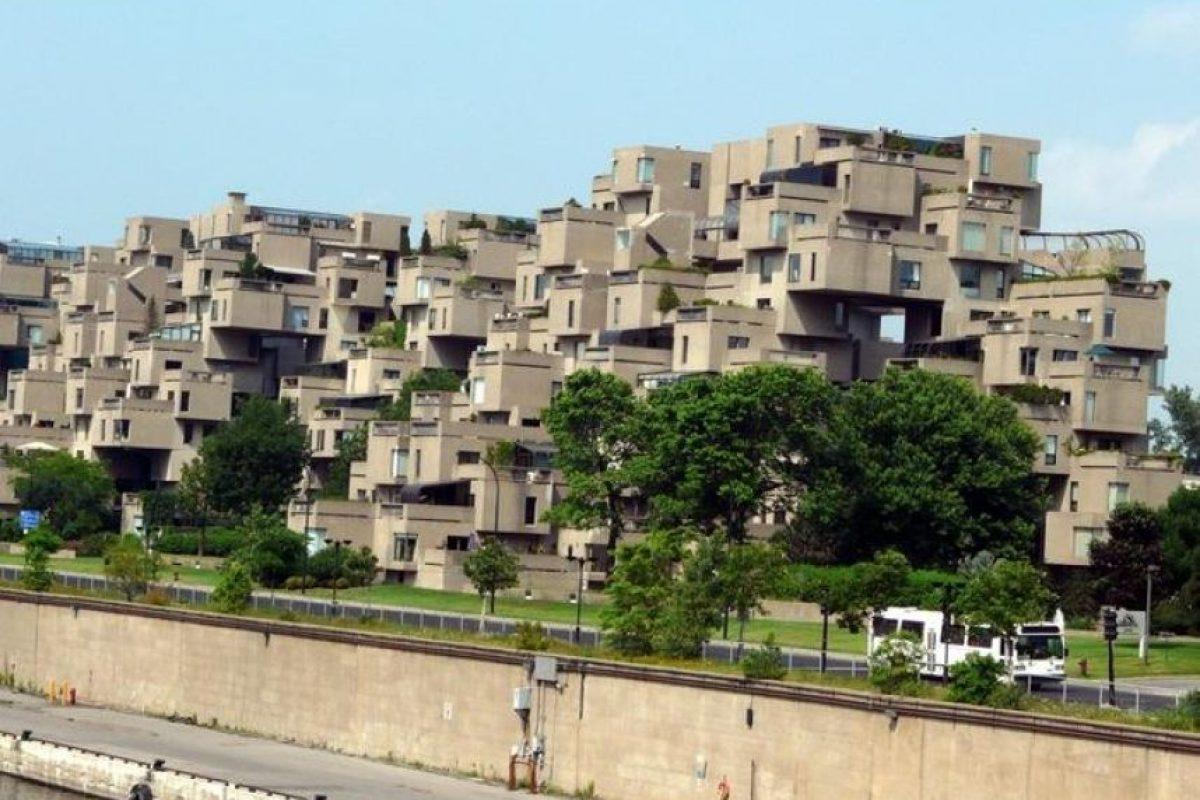 Habitat 67, Canadá Foto:Vía Strange Buildings. Imagen Por: