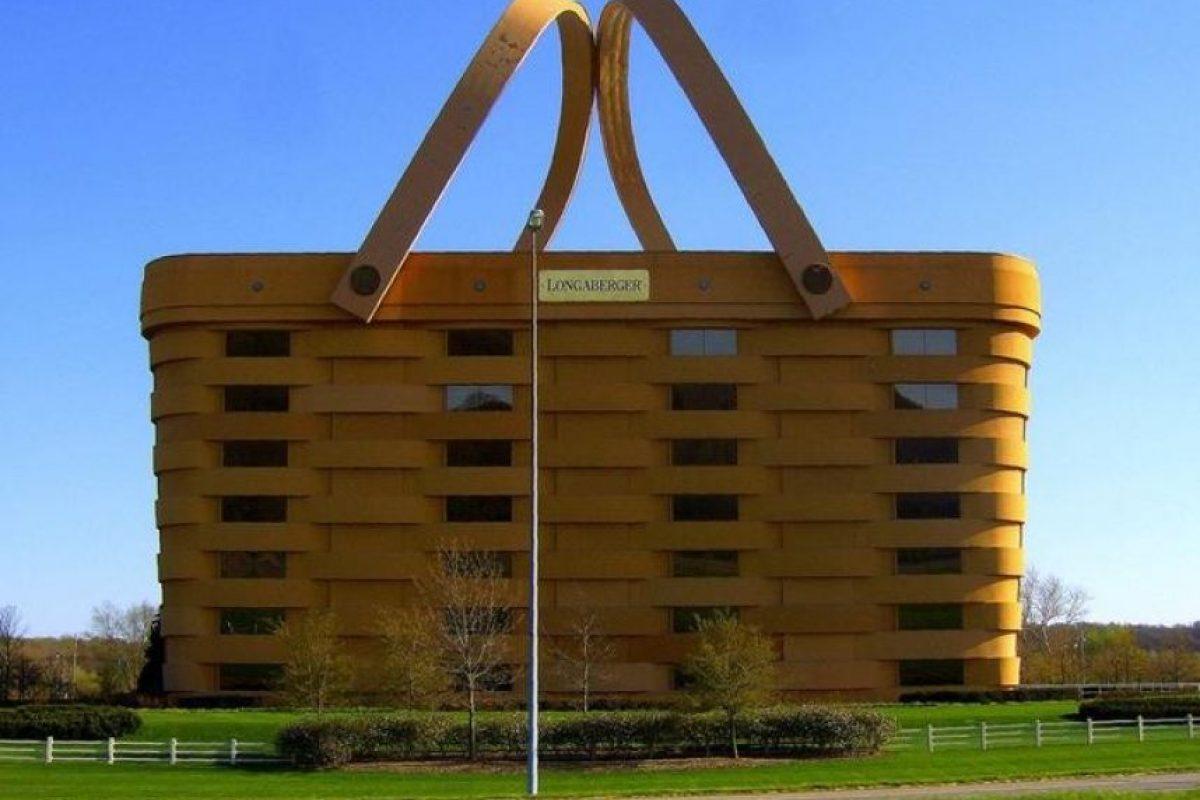 Edificio canasto de Longaberger, EUA Foto:Vía Strange Buildings. Imagen Por: