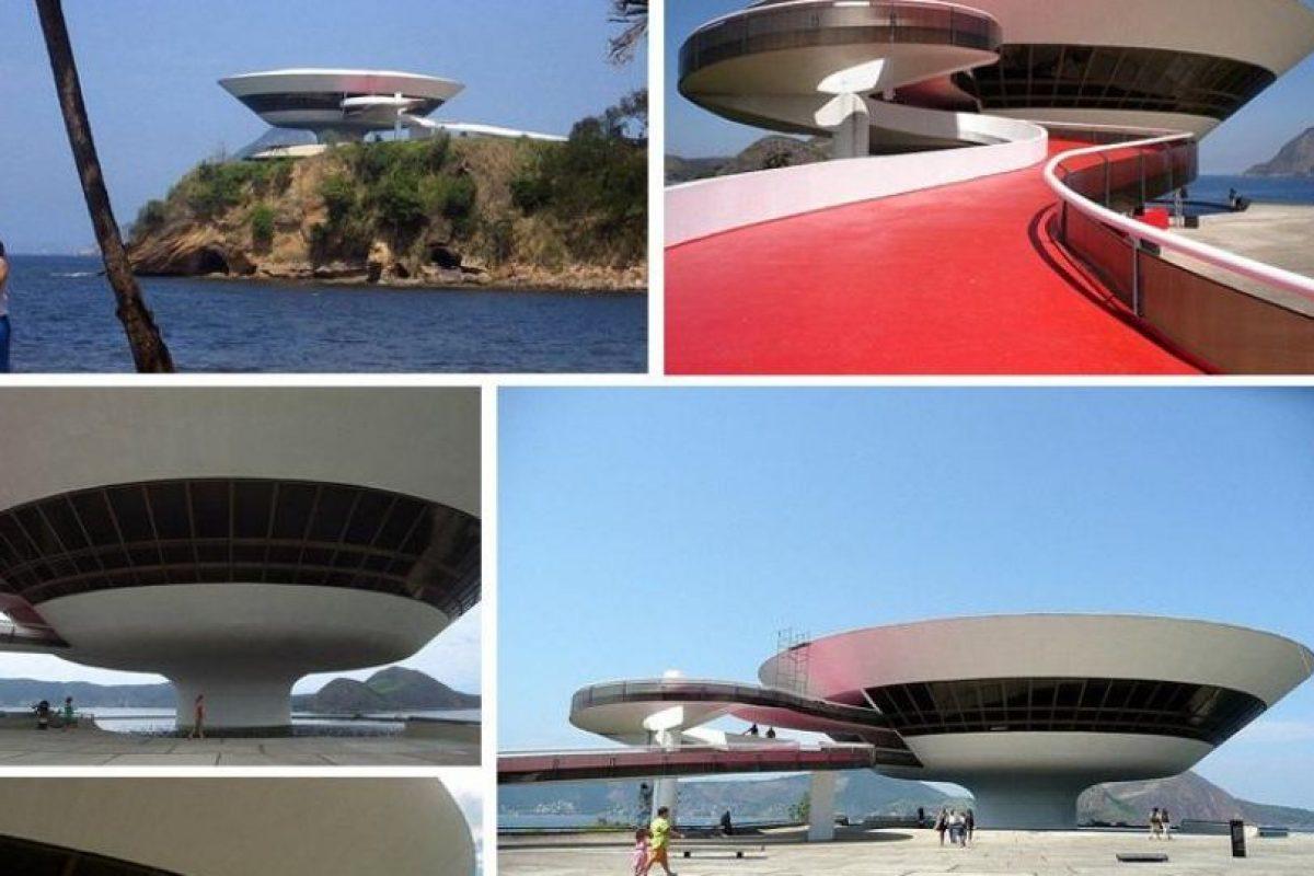 Museo de Arte Contemporáneo, Río de Janeiro Foto:Vía Strange Buildings. Imagen Por:
