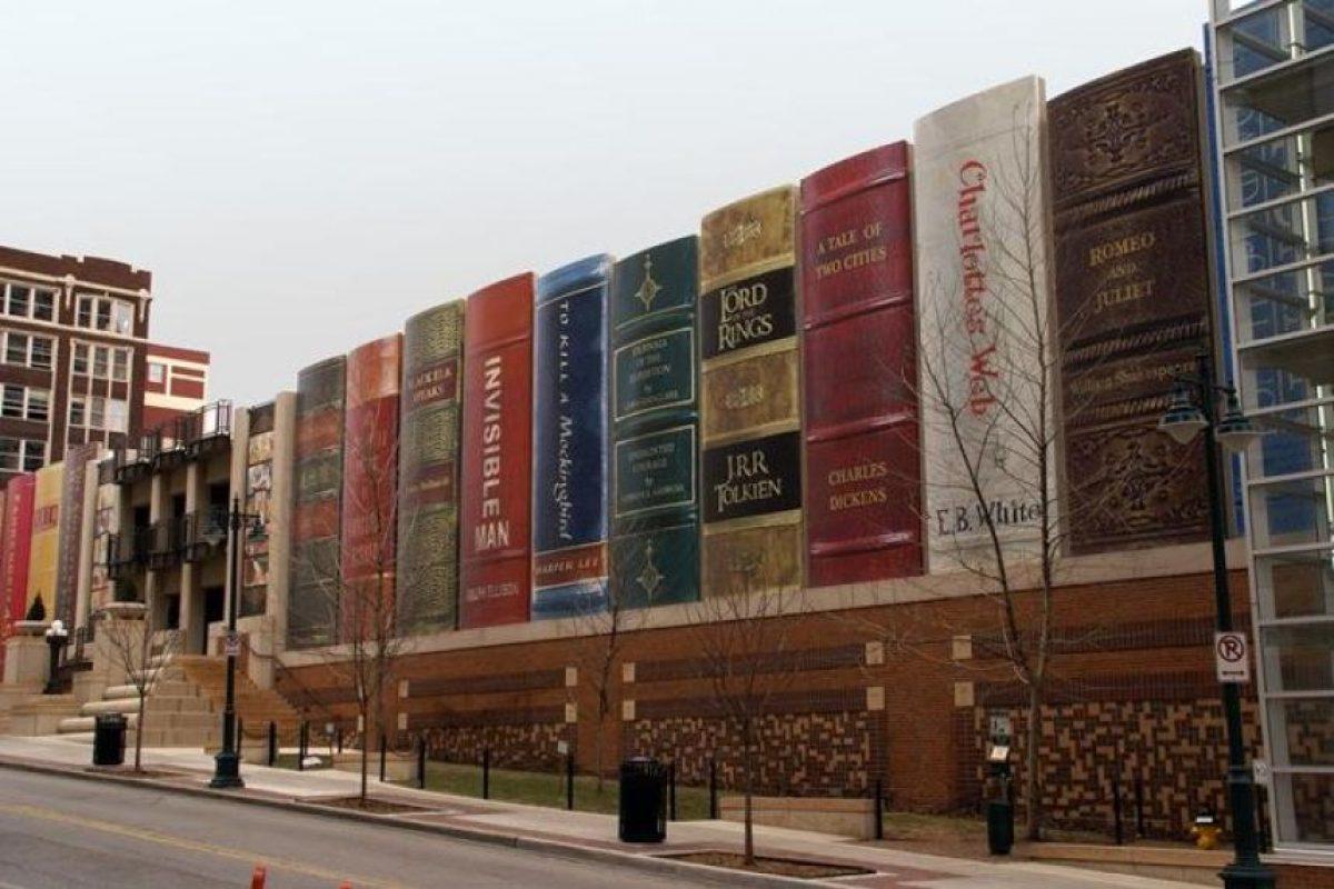 Librería de Kansas City, EUA Foto:Vía Strange Buildings. Imagen Por: