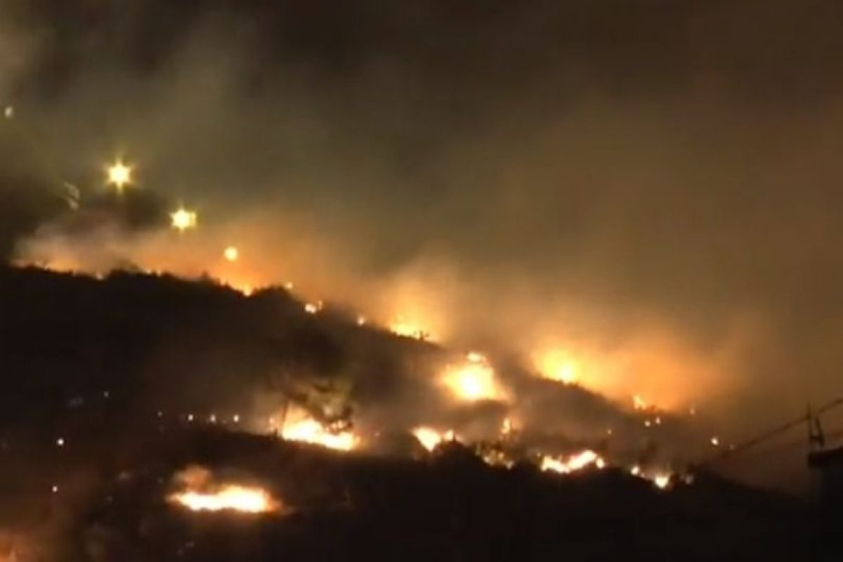 Decenas de personas fueron desalojadas. Foto:Youtube. Imagen Por: