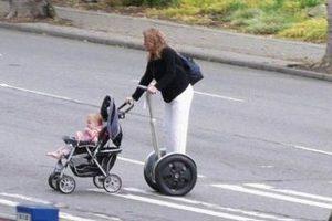 Una forma peligrosa de cruzar la calle Foto:Internet. Imagen Por: