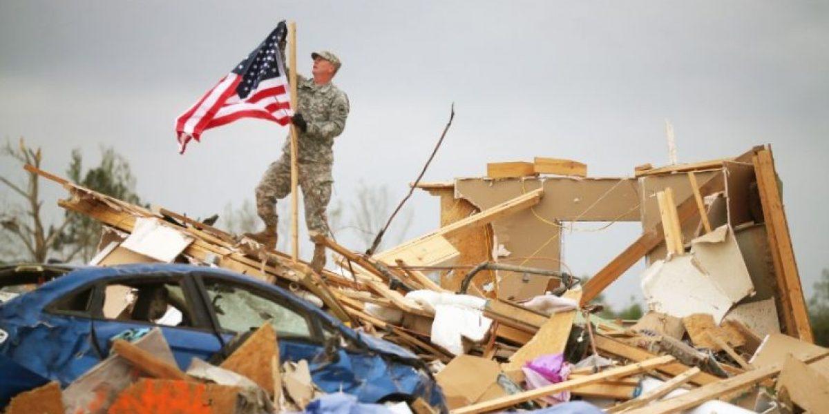 Fotos: Tornados dejan muerte y destrucción a su paso por EU