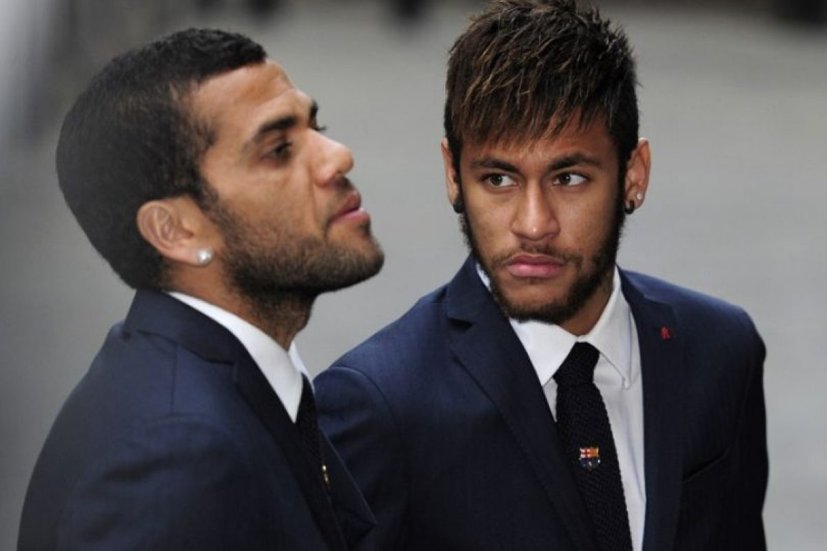 Dani Alves y Neymar también se hicieron presentes Foto:AFP. Imagen Por: