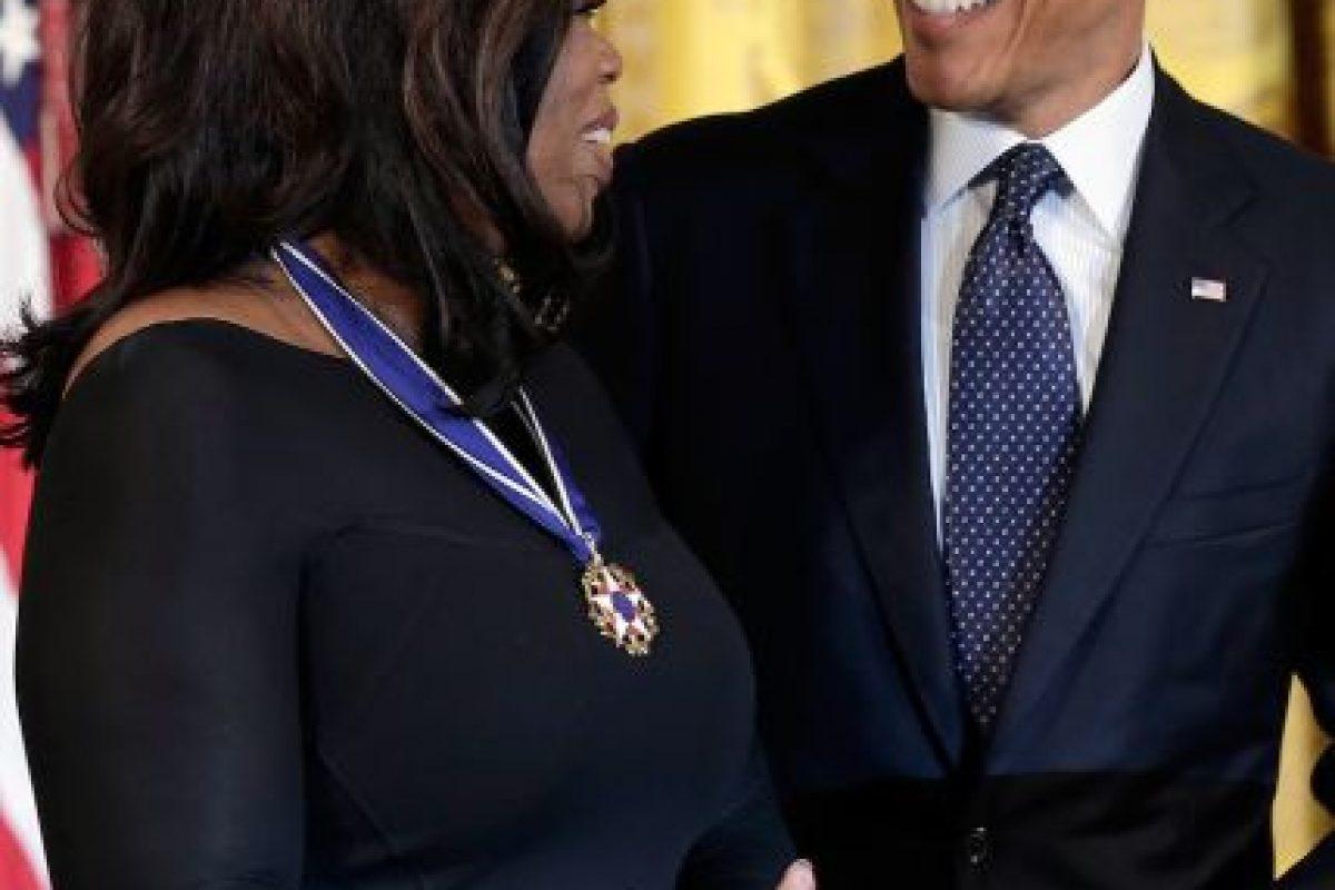 El presidente de Estados Unidos Barack Obama le otorgó a Winfrey la Medalla de la Libertad. Foto:getty images. Imagen Por: