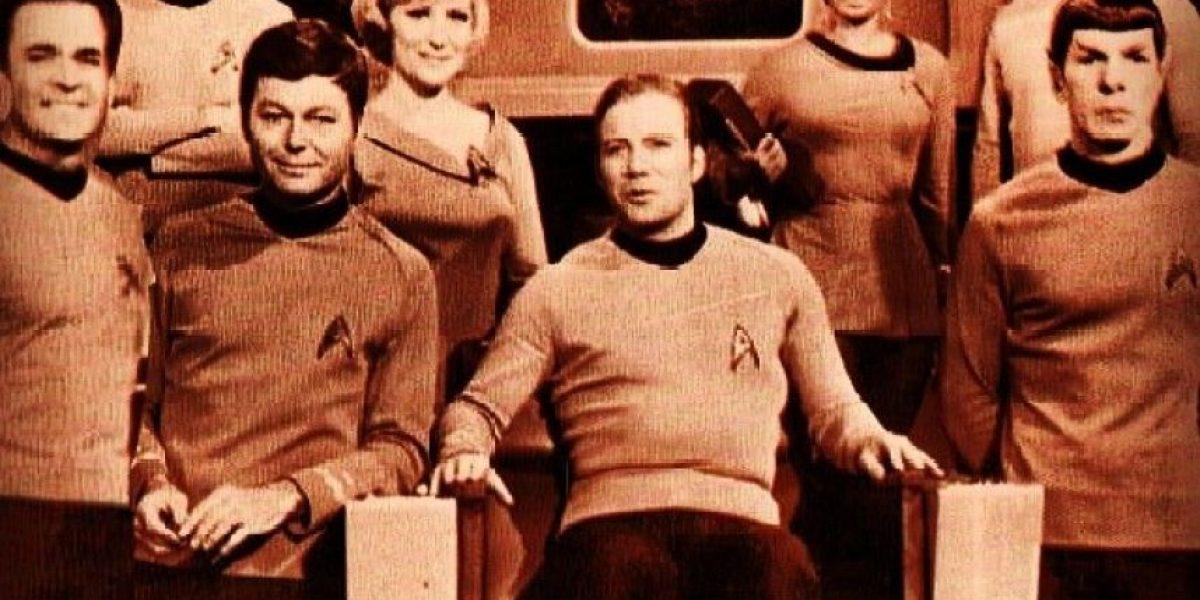 La NASA condecora al capitán Kirk de