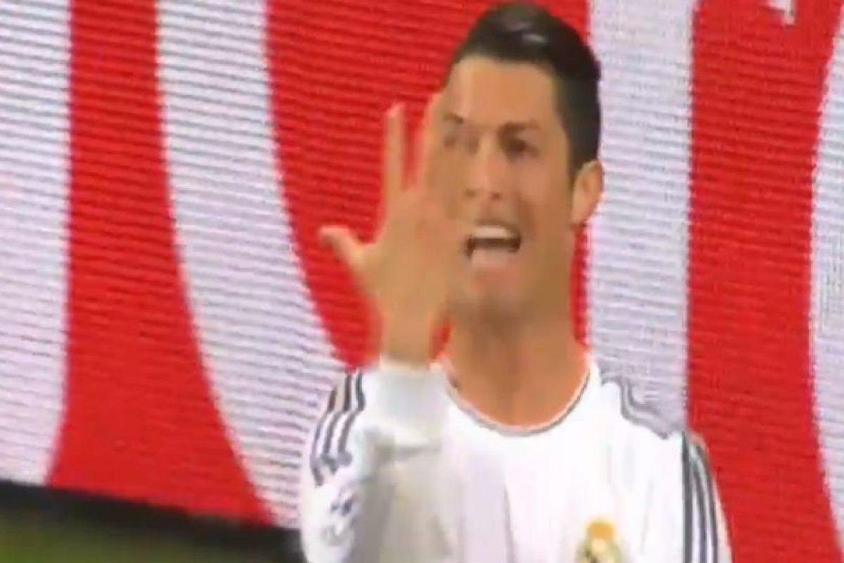 Luego de romper el récord de goles en una temporada en Champions Foto:Youtube. Imagen Por: