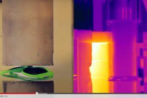 Con ayuda de visión térmica registran las temperatura que se genera tras la presión Foto:YouTube Captura. Imagen Por: