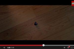¿Qué pasa cuando los niños dejan los juguetes tirados? Foto:Captura video. Imagen Por: