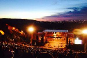 El escenario es el Anfiteatro Red Rocks Foto:Tumrbl. Imagen Por: