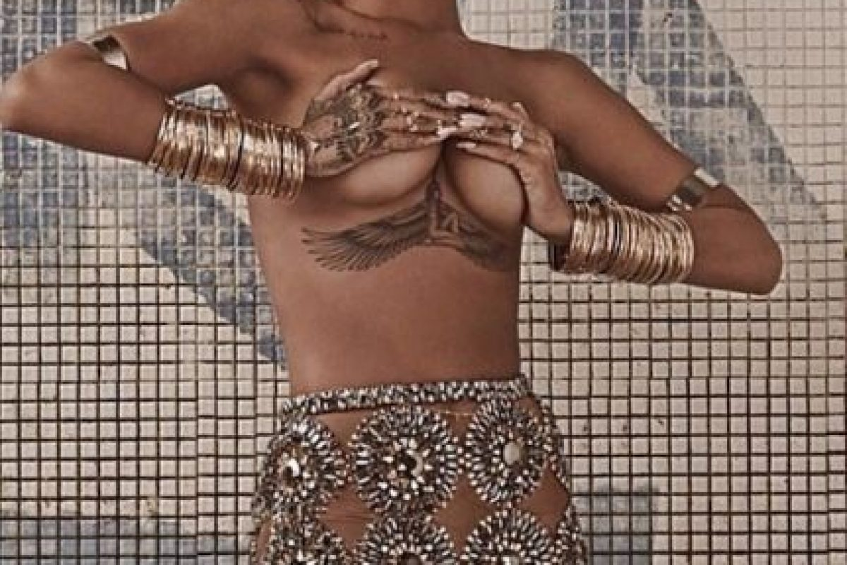 Foto:Vogue vía Rihanna / Instagram. Imagen Por: