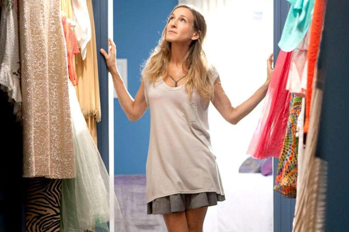 Estrenar ropa nueva. Y mirar la otra. Foto: HBO. Imagen Por:
