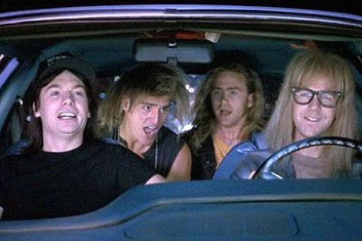 Cantar con amigos canciones épicas de rock. Foto: Fanpop. Imagen Por: