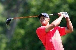 El golfista Tiger Woods en su momento cumbre, fue descubierto por su esposa, ocasionándole un accidente por su infidelidad. Foto:Getty Images. Imagen Por: