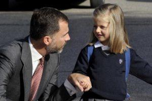 Príncipe Felipe de España con su hija Leonor Foto:Getty Images. Imagen Por: