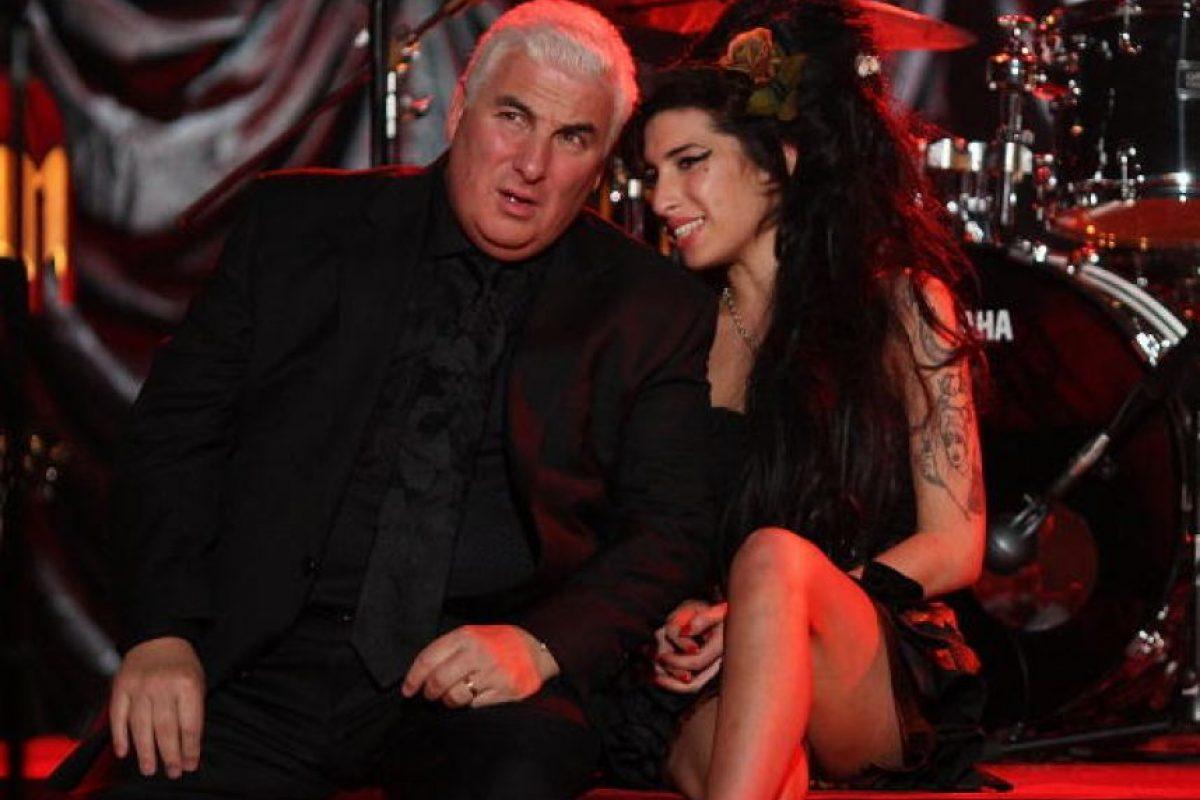 Amy Winehouse y su padre Mitch Winehouse Foto:Getty Images. Imagen Por: