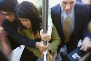 O en el transporte público. Foto :Getty. Imagen Por: