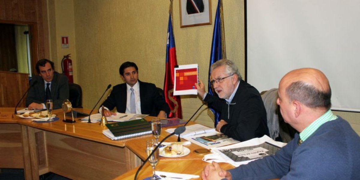 """Ministro de Energía: """"El centralismo está asfixiando a Chile"""""""
