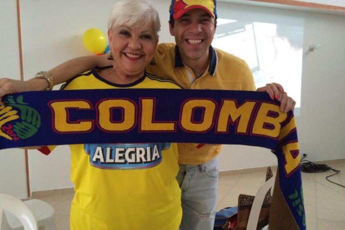 Los comediantes 'Polilla' y 'La Gorda Fabiola' Foto:Twitter. Imagen Por: