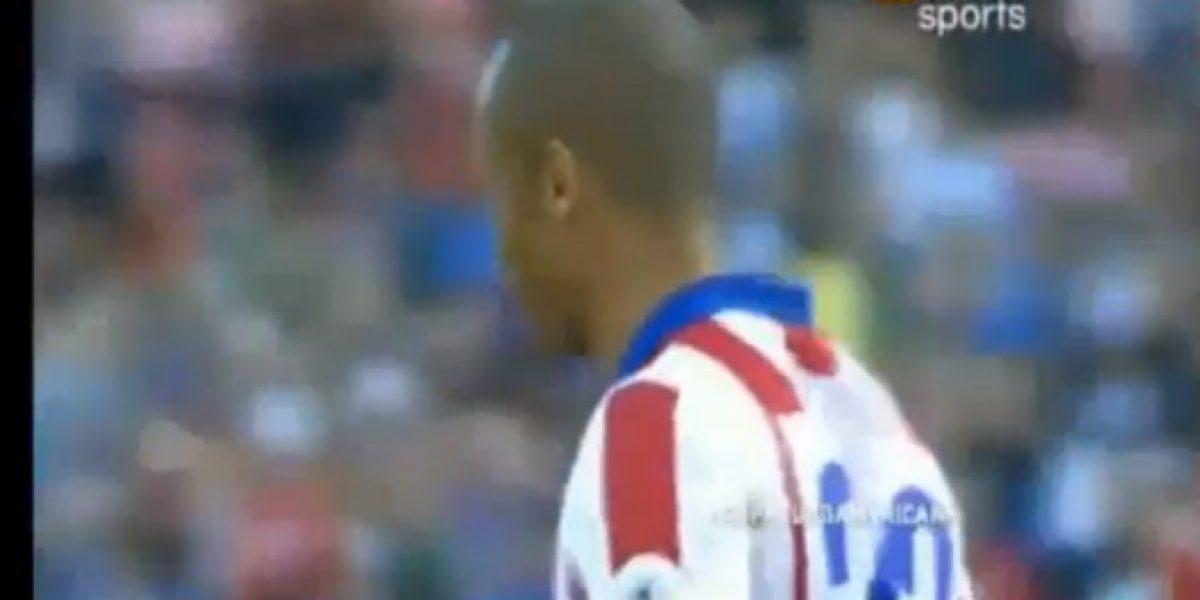 Video: ¡Imperdonable! Jugador del Atlético se perdió un penal de forma increíble