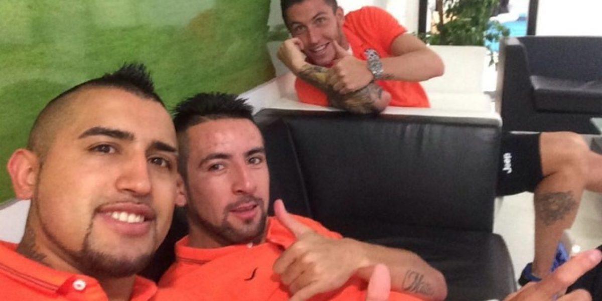 Arturo Vidal aclara los rumores con una selfie desde Italia