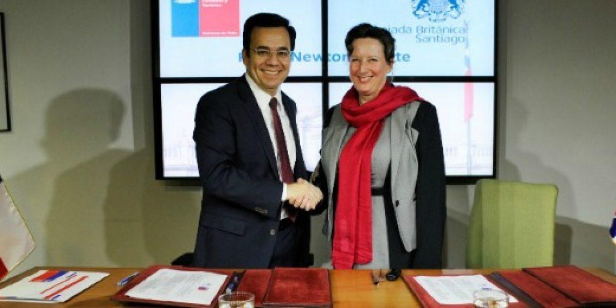 Chile y Gran Bretaña firman acuerdo para fondo de ciencia e innovación por US$40 millones