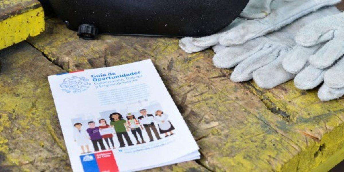 """Lanzan """"Guía de Oportunidades"""" en capacitación, trabajo y emprendimiento"""