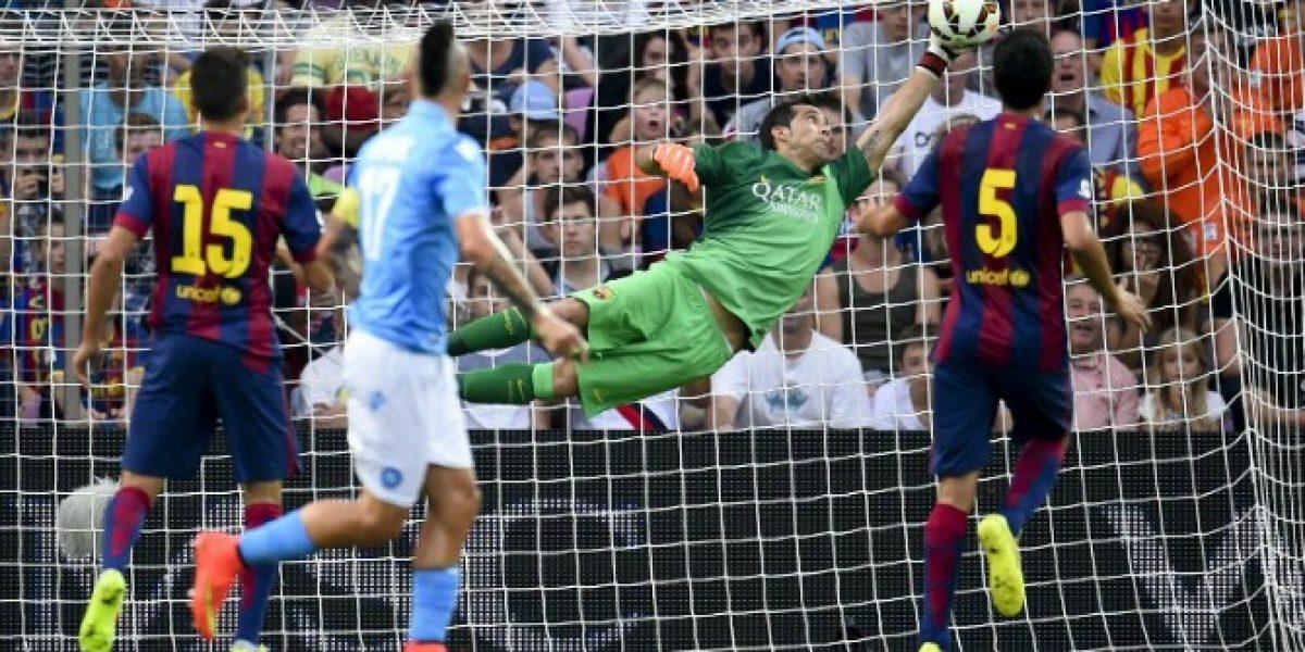 Claudio Bravo cometió un error que empañó su debut en Barcelona