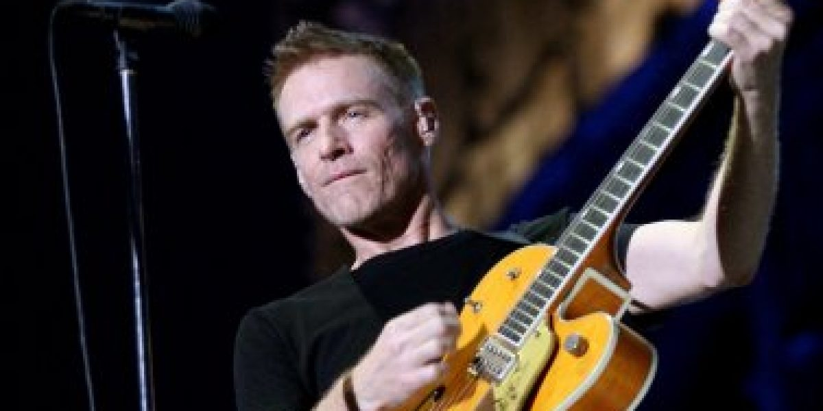 Bryan Adams regresa con disco de covers