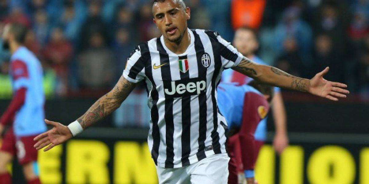 Manchester United ofrecería cifra récord para quedarse con Vidal